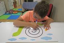 Handicapované děti získají židli k terapii