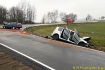Nehoda dvou osobních aut u Bukováku