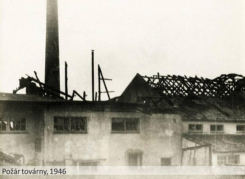 Petr Hatlman prošel stovky historických fotografií z Meclova a všechny digitalizoval. Foto: archiv obce