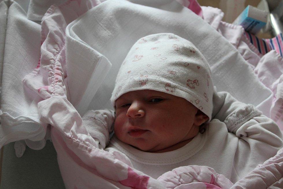 Zoe Ester Ondrušová (3390 g, 51 cm) se narodila 29. června ve23:29 v plzeňské FN. Na světě ji přivítali rodiče Adéla a Samuel z Plzně a také Brian Sebastian (7) a Lucas Matyáš (6).