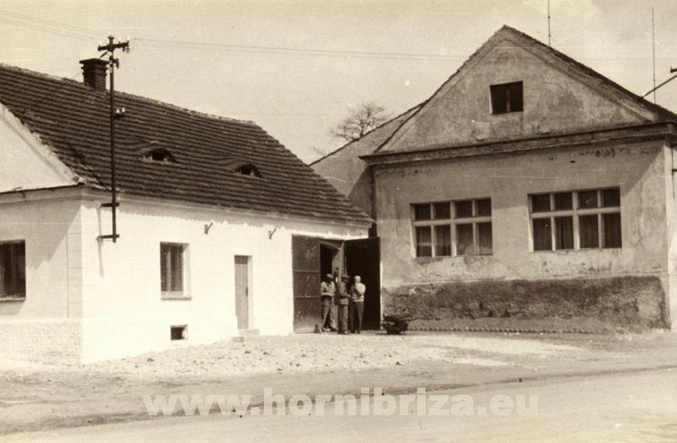 Bývalá hasičská zbrojnice v 50. letech.