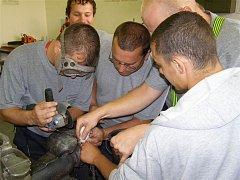 Nešťastníka zbavili ocelového prstenu až hasiči