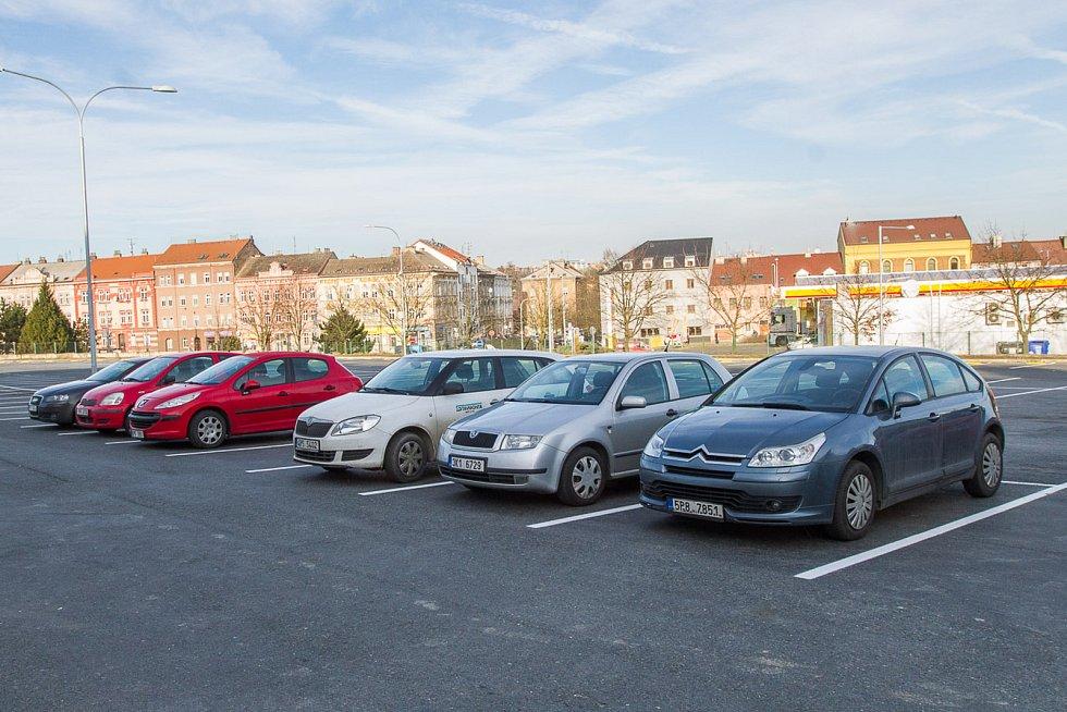 Parkoviště v Kotkově ulici
