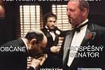 Pek na webu vejprnických Pirátů v koláži zobrazil Karpíška jako sicilského mafiána z legendární filmové série Kmotr.
