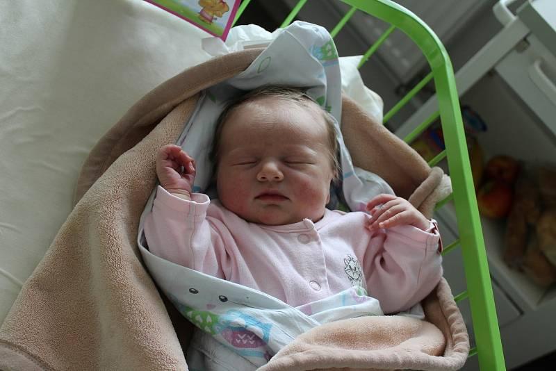 Kristína Vanišová (4040 g) se narodila 5. října v 8:09 hodin v porodnici Mulačovy nemocnice. Rodiče Veronika a Kryštof z Plzně znali pohlaví svého prvorozeného miminka předem.