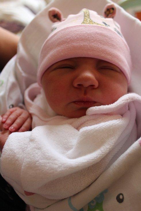 Eliška Krejčí se narodila 19. října ve 4:30 mamince Marcele a tatínkovi Pavlovi ze Skočic. Po příchodu na svět v plzeňské porodnici U Mulačů vážila prvorozená dcerka 3100 gramů a měřila 48 centimetrů.