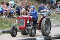 Patnáctý ročník žebnické traktoriády.