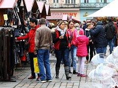 Martinské trhy náměstí Republiky v Plzni