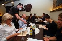 Restauracím po covidu ubyla pětina zákazníků. Ilustrační foto.
