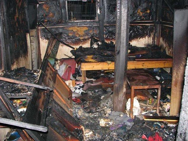 Středeční požár chatek v Borské ulici
