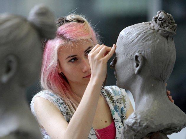 Na ArtCamp zamířila také Barbora Opátová, jež se intenzivně věnuje modelování