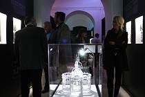Centrum baroka láká návštěvníky například na takzvané struktivní architektonické modely nejzajímavějších Santiniho staveb (na snímku Mariánská Týnice v měřítku 1:50) i na moderní technologie v podobě dotykových obrazovek