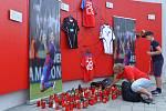 Pietní místo u stadionu FC Viktoria Plzeň