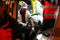 Muž u divadla Alfa silně krvácel z tržných ran