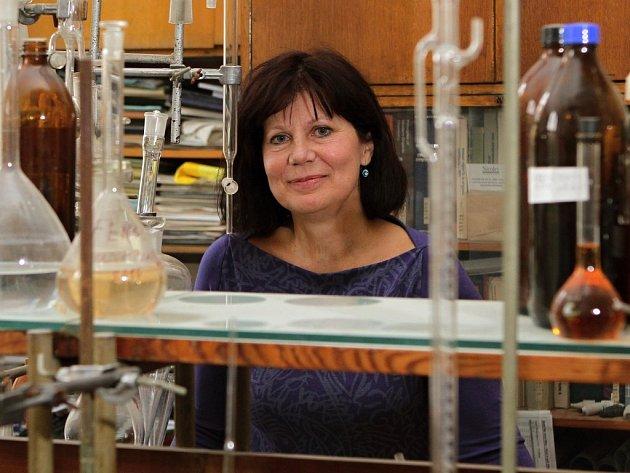 Chemikářka a matikářka Jitka Voráčová učí na plzeňském gymnázium už 31 let.