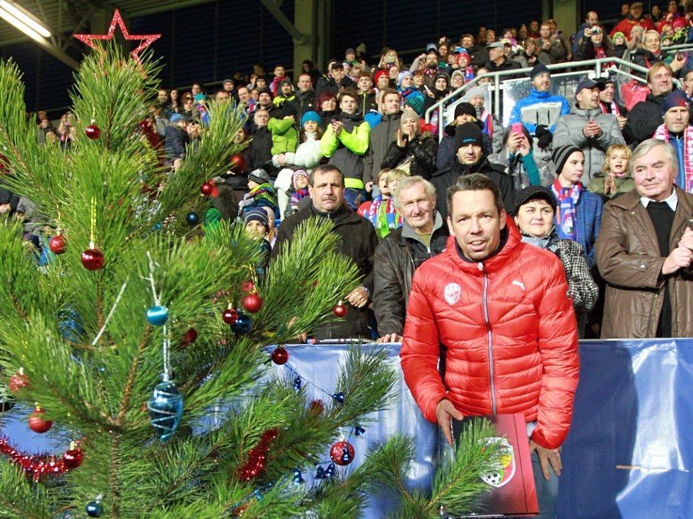 Pavel Horváth na vánoční akci Viktorie Plzeň