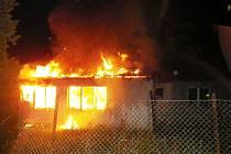 Požár dvojdomku ve Vejprnicích