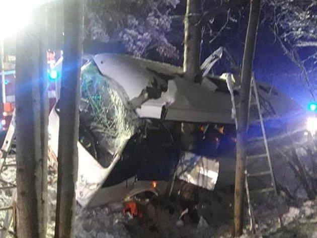 Havárie autobusu uPopova na Tachovsku