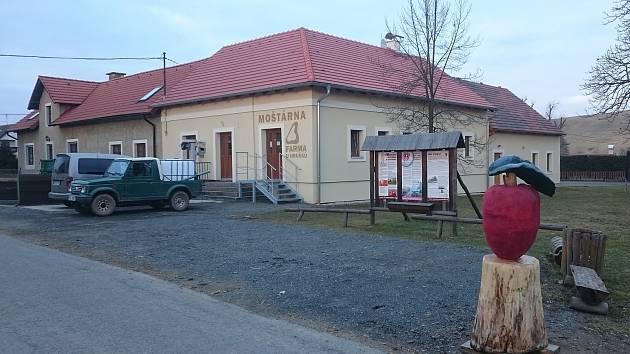 Moštárna ve Stvolnech u Manětína.