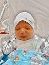 Matěj Kocián se narodil 24. listopadu v9:34 mamince Karolíně a tatínkovi Michaelovi zPlzně. Po příchodu na svět vplzeňské FN vážil jejich prvorozený synek 4110 gramů a měřil 55 centimetrů.