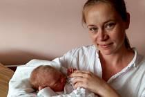 Veronika Baďoučková přišla na svět 29. července, vážila 3 600 gramů a měřila 52 cm. Radost z prvního potomka má maminka Alena a tatínek David z Plzně.