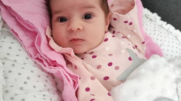 Kristýna Šamalíková z Plzně se narodila v porodnici Mulačovy nemocnice 3. února 2021 (3130 g, 49 cm) mamince Lucii a tatínkovi Richardovi. Doma na sestřičku netrpělivě čekali bráškové Denis a Marek.