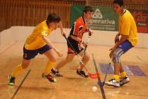 V kategorii do 16 let se na Pilsen Games 2010 představili také florbalisté Přelouče (ve světlejších dresech) a Stříbra. Přelouč skončila v konečném pořadí na druhém místě za pořádajícím FBC Plzeň, mladíci ze Stříbra se museli spokojit se čtvrtou příčkou