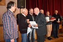 Jedním z oceněných byl Petr Špirk, bývalý hráč a později trenér národní házené, v současnosti stále ještě aktivní cyklista.