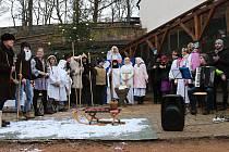Žáci ze základní školy v Dolní Bělé uspořádali představení o narození Ježíše Krista.