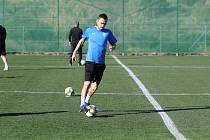 První dva tréninky fotbalistů FC Viktoria na soustředění ve španělské Esteponě provázelo v pondělí příjemné počasí.