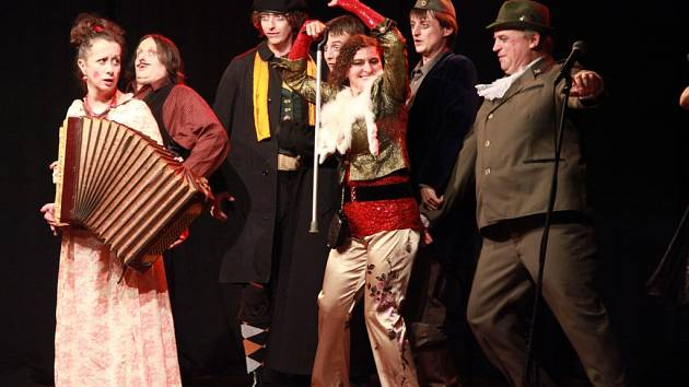 Gogol na stojáka aneb Ženitba