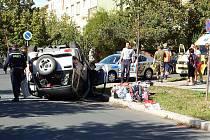 Nehoda dvou aut na křižovatce Zahradní a Liliové ulice v Plzni
