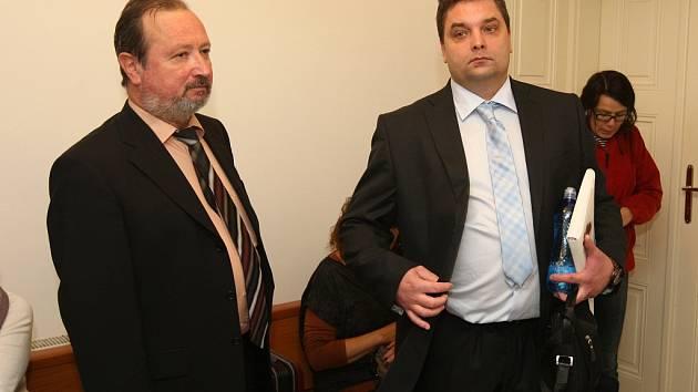 Michal Zdařil (vpravo)