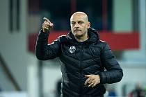 Slovenský kouč plzeňských fotbalistů Adrian Guľa při domácím vítězném zápase s Příbramí.