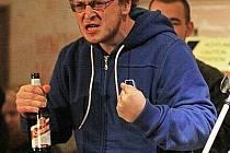 O postup z regionálního kola ve slam poetry bude v Plzni bojovat také Bůček, loňský republikový finalista vystupující dříve jako Booczek