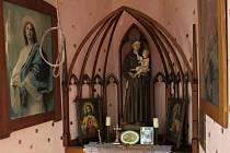 """Starosta Dolců Milan Šimon se domnívá, že práce kapli sv. Antonína přinesly """"kvalitní historickou obnovu, návrat původních maleb a celkovou obnovu."""""""