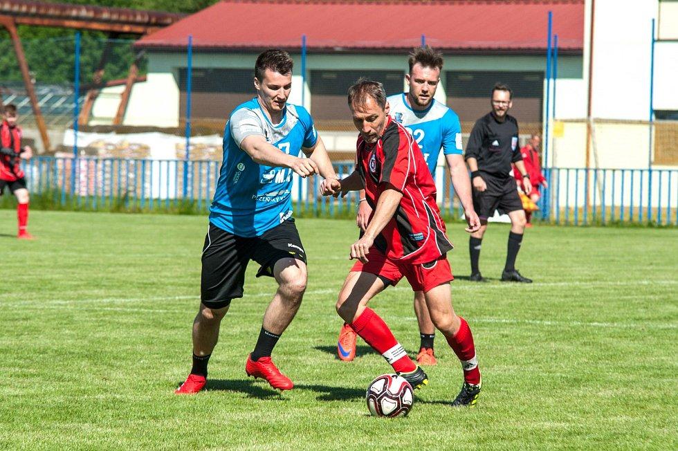 Fotbal házenkářů Talentu, rozlučka s koučem Tonarem.