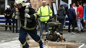 Nejtvrdší hasič přežije
