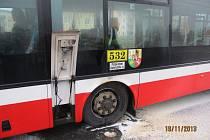 Řidič požár uhasil přenosným hasicím přístrojem