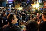 Zach's pub oslavil 25. narozeniny.