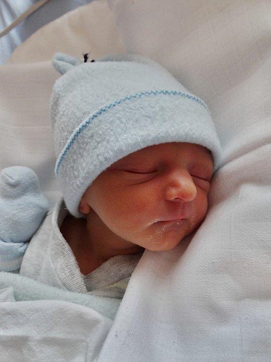 Jáchym Heider se narodil 2. května v 11:47 mamince Alici a tatínkovi Petrovi z Plzně. Po příchodu na svět v plzeňské FN vážil jejich prvorozený syn 2090 gramů a měřil 46 centimetrů