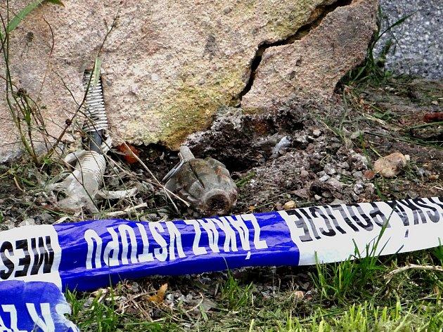Policie uzavřela část Doubravky kvůli nálezu granátu