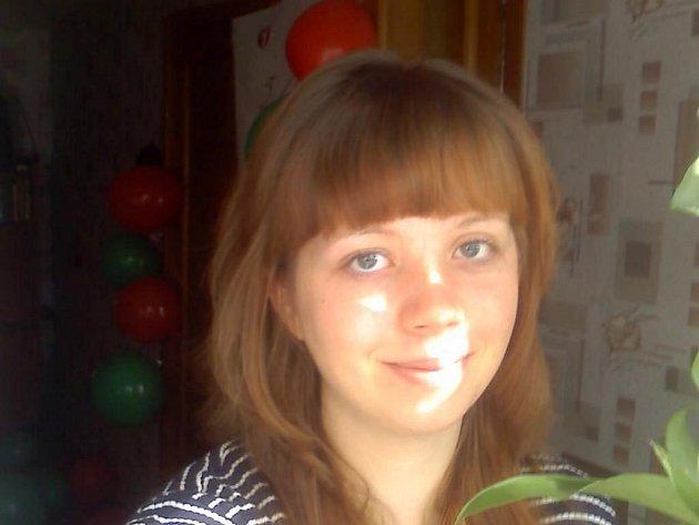 Dcera Svitlany Lytvyniukové (na snímku) je nakažena hepatitidou typu C a bez léčby jí zbývá maximálně pět let života