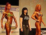 Eva Sukupová se dvěma finalistkami bodyfitness masters. Vlevo Andrea Farkasová z Maďarska a Španělka Maria Escuderová