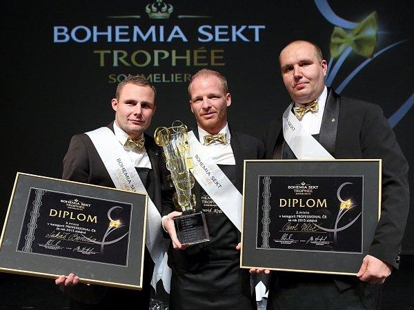 Vítěz - sommelier David Král uprostřed