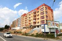 Jeden z developerských projektů, který v Plzni finišuje je Panorama Slovanské údolí