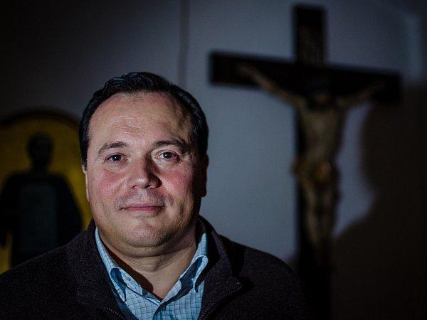 Kněz Alvaro Grammatica