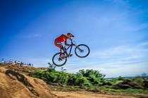 Na Šlovickém vrchu u Dobřan se poslední červencovou sobotu uskuteční jediný český závod Evropského poháru horských kol v disciplíně fourcross.
