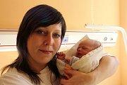Jiřina Langeová se narodila 18. října v 19:08 mamince Jiřině a tatínkovi Danielovi z Tymákova. Po příchodu na svět v rokycanské porodnici vážila sestřička jedenáctiletého Dominika 2730 gramů a měřila 45 centimetrů.