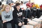 Promítání filmu Dospělým ze dne na den v dětském domově ve Staňkově na Domažlicku